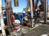 Petroleros: un día clave en la negociación con las empresas