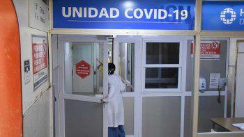 Castro Rendón: mueren tres personas por día de coronavirus