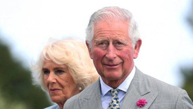 El príncipe Carlos confirma que superó el coronavirus