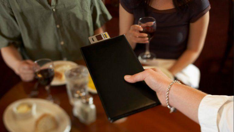 TikTok: con este truco se evitan problemas para pagar la cuenta. | Foto referencial.