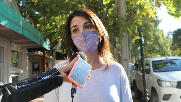 Gabriela Cagol, subsecretaria de Comercio.