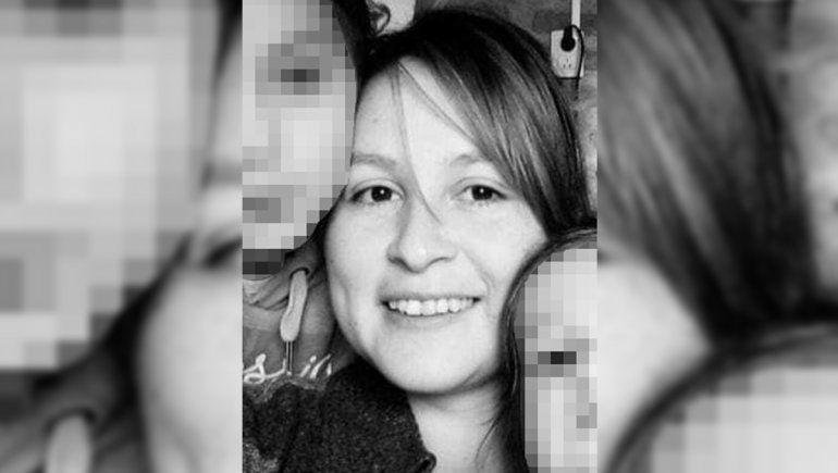 La docente Mónica Jara pelea por su vida en el hospital Castro Rendón.