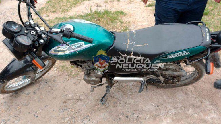 Conducía una moto robada en Cipolletti y lo detuvieron