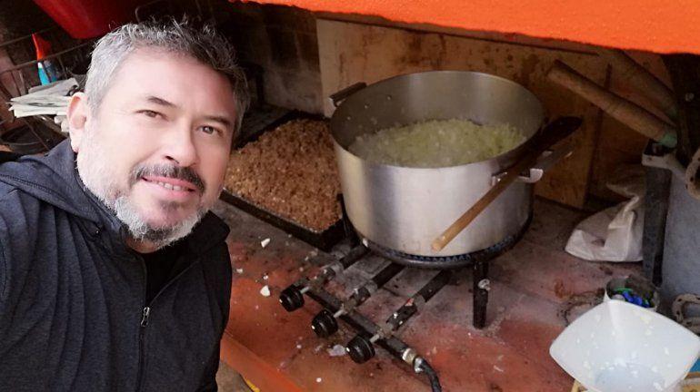 Empanadas, música y familia: la receta secreta de un cipoleño para la felicidad