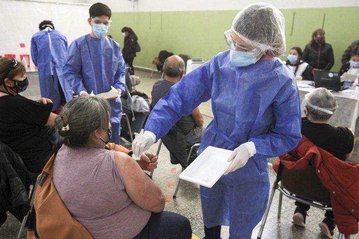 Vacunaron a más de 40 mil neuquinos de entre 50 y 59 años