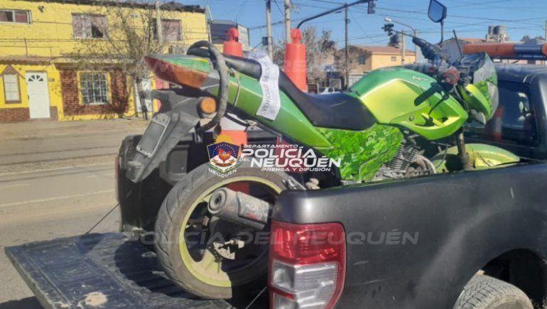 La Policía y el Municipio realizaron un megaoperativo para combatir a los motochorros en el oeste neuquino.