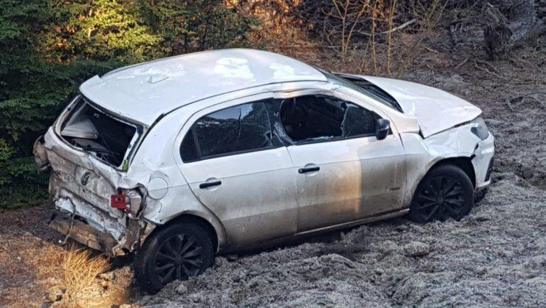 En hielo causó varios accidentes en la Ruta de los Siete Lagos en las últimas horas.