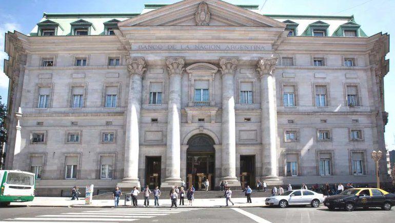 Fue absuelto el hacker que cambió la cotización del dólar en el Banco Nación