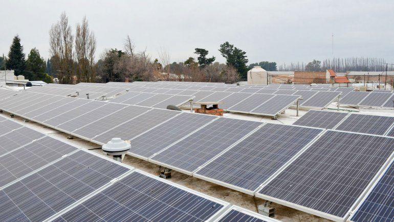 En Centenario ya hay varios edificios con paneles solares