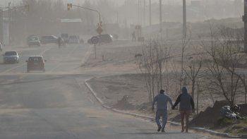 Emiten un alerta por ráfagas de hasta 90 km/h en la región