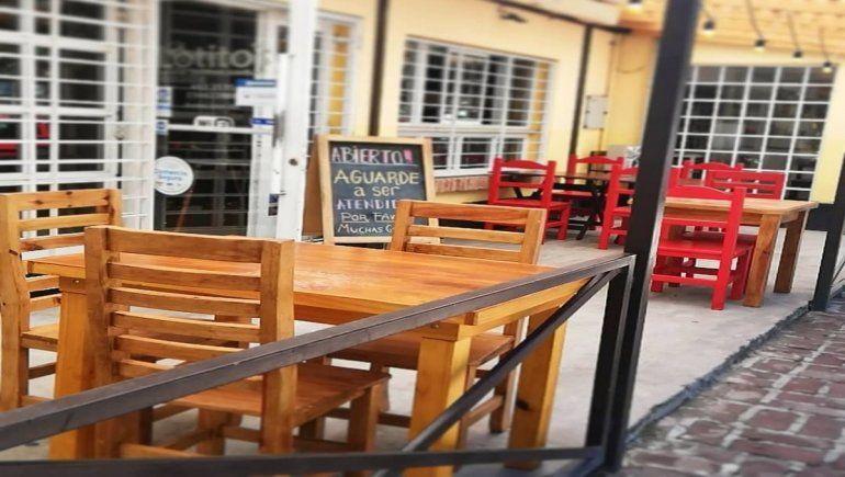 Plottier: permiten a locales gastronómicos atender hasta la 1