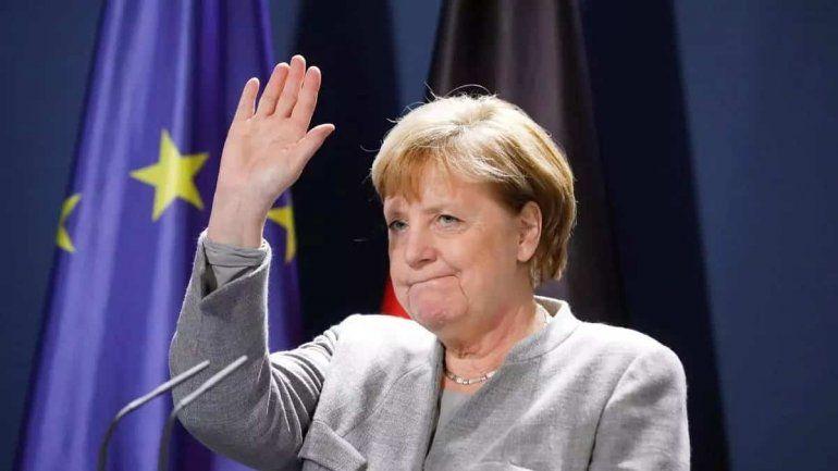 Alemania se despide de Angela Merkel con un emotivo homenaje