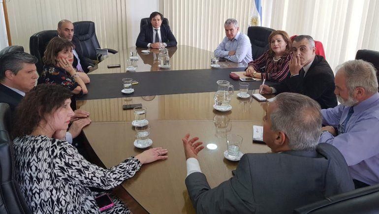 Tras reunión en el TSJ, se acordó establecer un canal de diálogo