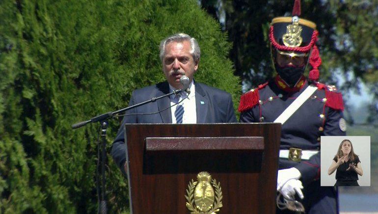 Fernández: Nos enredan en debates no importantes
