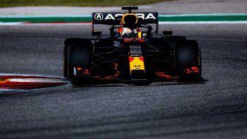 Verstappen le birló la pole position de la Fórmula 1 a Hamilton