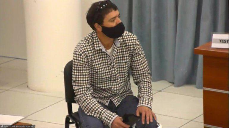 Roberto Tecker declaró en el juicio contra los cuatro policías acusado de golpearlo.
