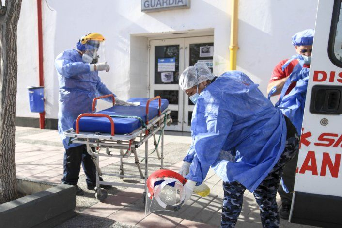 En la última semana murieron 140 neuquinos por COVID: de dónde eran