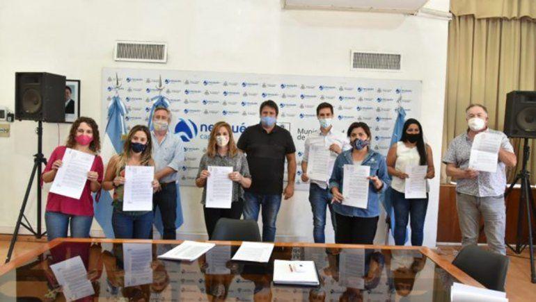 Gaido regularizó la situación de 600 contratados en el Municipio
