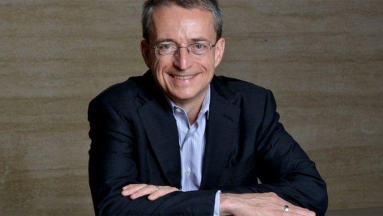 El CEO de Intel advierte sobre la escasez de chips durante dos años