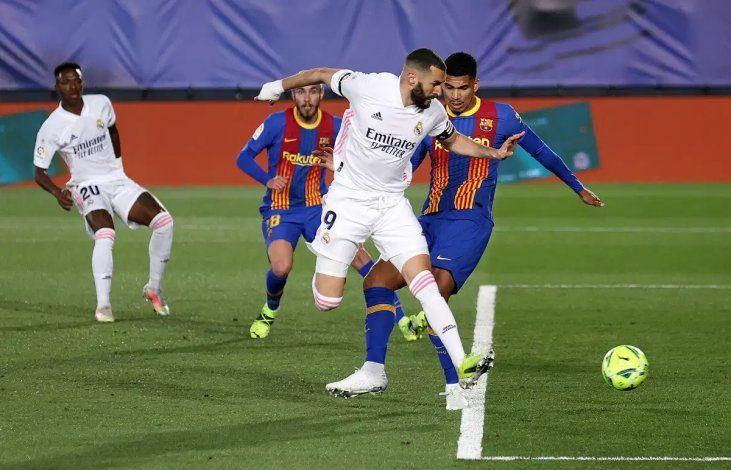 Mirá el golazo de taco y el blooper en el 2-1 del Real Madrid al Barsa
