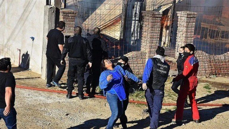 Tragedia en Caleta Olivia: un incendio provocó la muerte de dos niños