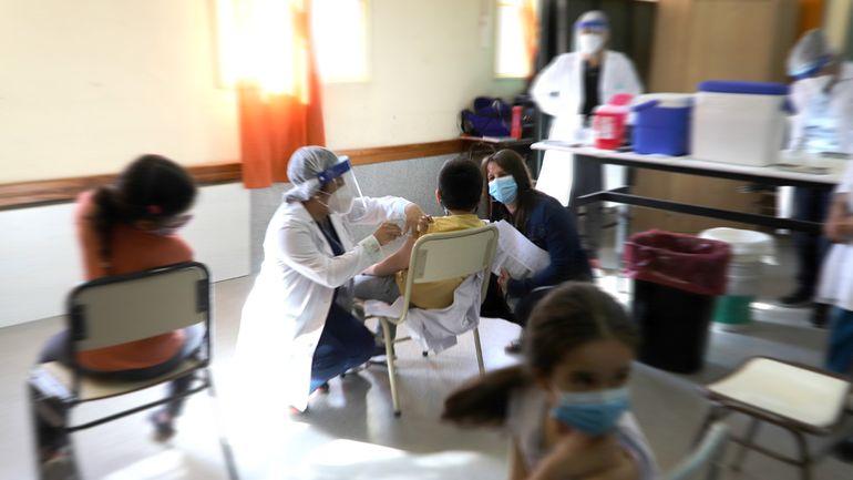 ¿Qué vacuna se aplicará en el mega operativo a niños y adolescentes?