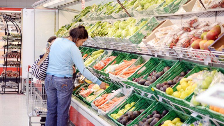 Desde enero, las verduras aumentaron un 45 por ciento en la ciudad.