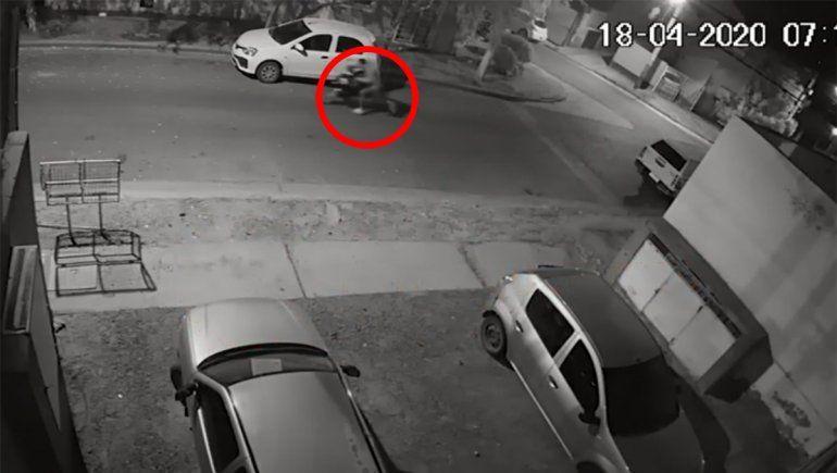 Quedó escrachado al robar una moto en Santa Genoveva