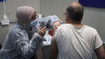 Covid-19: Israel comenzó a aplicar la tercera dosis de la vacuna de Pfizer