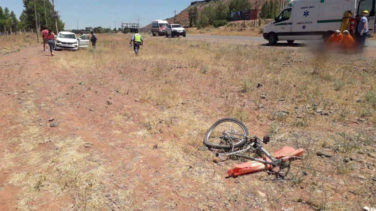 Ciclista murió atropellado en uno de los ingresos a Añelo