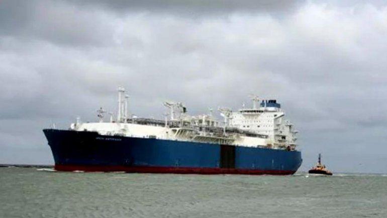 Como en el Canal de Suez: un buque se encalló en el río de la Plata