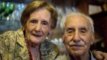 amor de titanio: maria y mario celebran 70 anos de casados