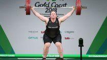 los juegos olimpicos tendran una atleta transgenero por primera vez en la historia