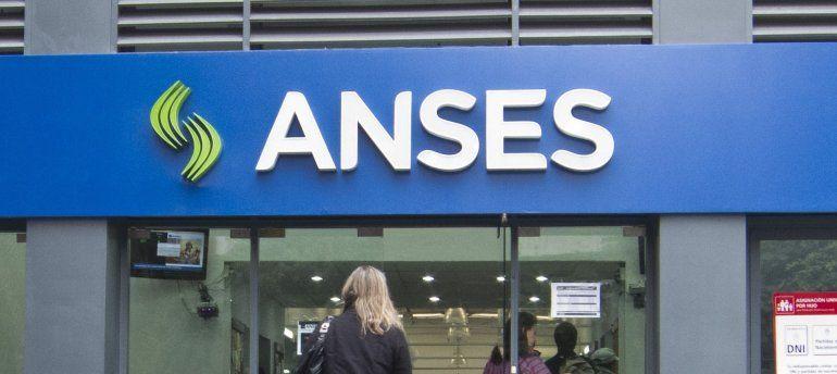 Créditos Anses: suspenden pago de las cuotas de septiembre y octubre para jubilados