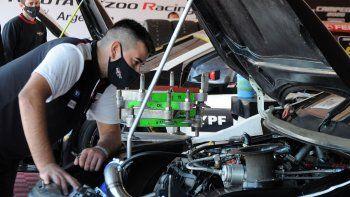 Los motores del Súper TC2000 generaron dudas en Rosario