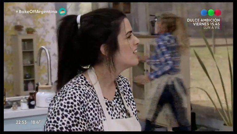 Belén tuvo que preparar budín de pan en Bake Off y se lució.