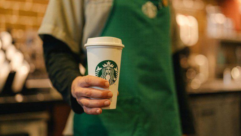 Twitter: empleados de Starbucks se molestan por una tendencia. | Foto referencial.
