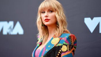 "Taylor Swift acusó a la serie de Netflix ""Ginny and Georgia""  de ""degradar"" a las mujeres"