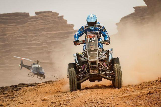 Manuel Andújar arribó segundo en la 11° etapa del Dakar 2021 para los quads, mantuvo la primera posición de la general y se ilusiona con el triunfo.
