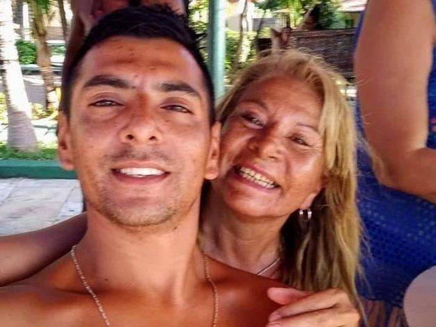 El joven argentino vivía en Brasil desde hacía dos años. Lo mataron en un bar de playa