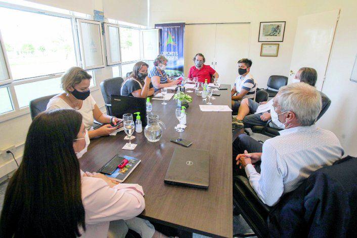 Los representantes del gremio de los docentes se fueron indignados de la reunión con el gobierno de Gutiérrez.