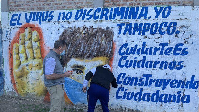 En su aniversario, el barrio La Sirena inauguró un mural sobre el COVID