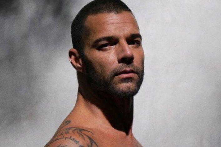 Fuego de noche: Ricky Martin incendió las redes con una foto en boxer