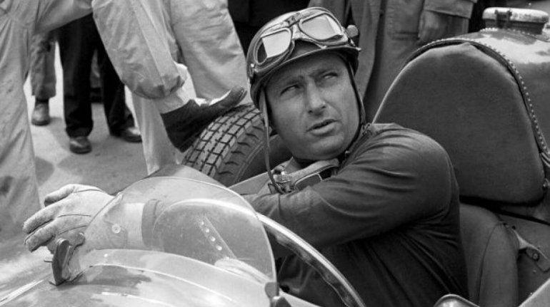 Juan Manuel Fangio dejó de existir el 17 de julio de 1995 y a 25 años de su partida su legado sigue intacto en el automovilismo mundial.