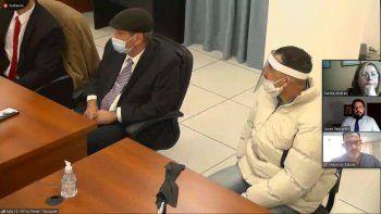 Julio Alberto Pérez (campera blanca) fue condenado a 13 años de prisión por intentar matar a su pareja de dos puñaladas.