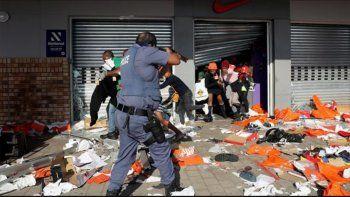 disturbios, represion y muerte en sudafrica