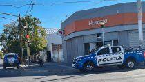 asalto armado en tarjeta naranja, se alzaron con 300 mil pesos