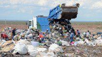 aseguran que son pocos los neuquinos que separan la basura en origen