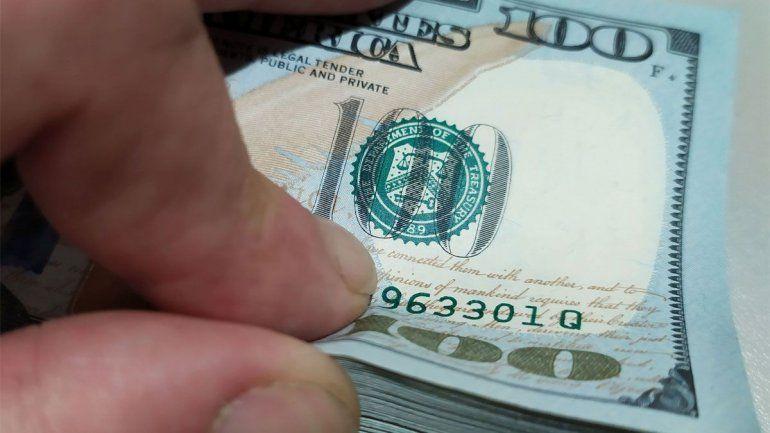 Con el blue en baja, ¿cuánto costará el dólar a fin de año?