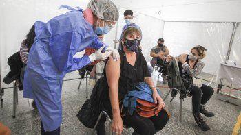 Más vacunas, más demanda y turnos: como será la vacunación en Neuquén